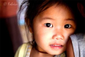 Village Nord du Laos travel picture child