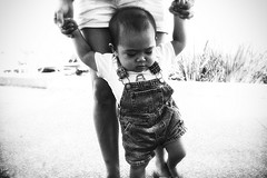 Learning to walk child
