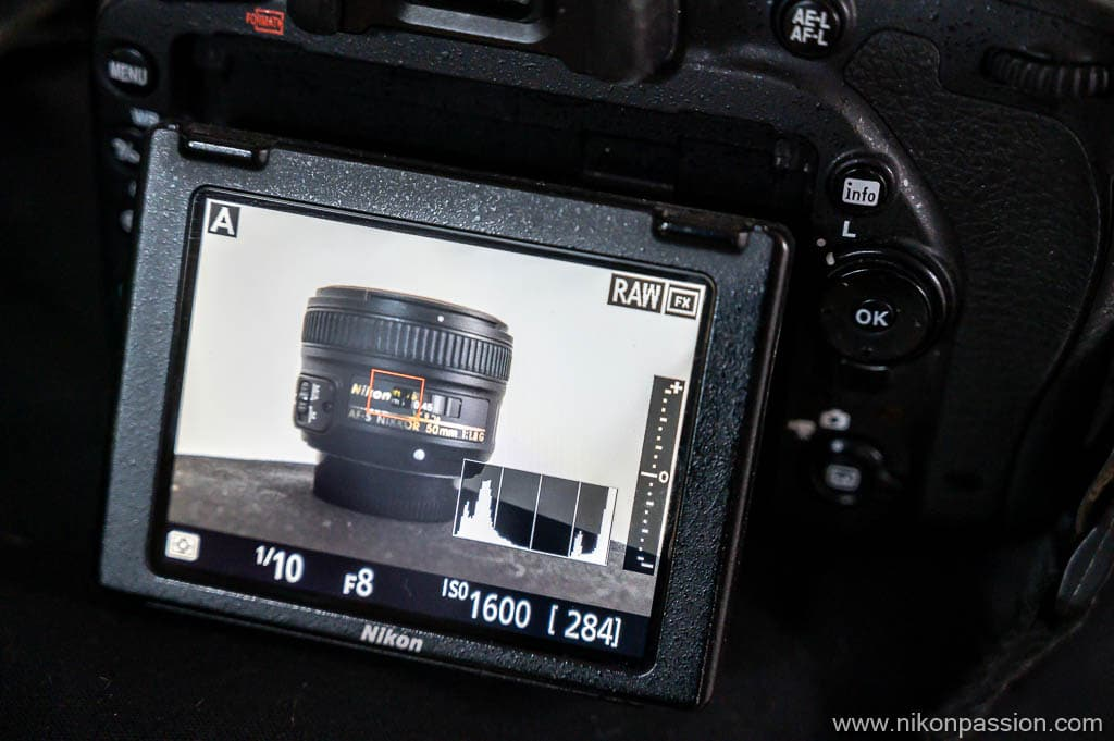 correct the exposure with the histogram on the right